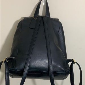 Coach Bags - Coach Large Vintage Legacy Black Leather Backpack